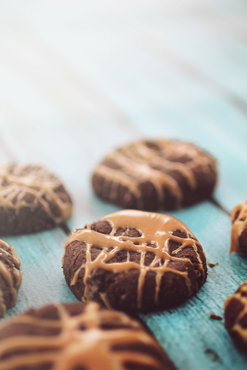 Peanut Butter Drizzle Chocolate Cookies