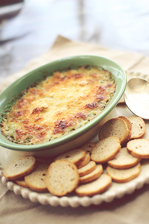 Warm Cheesy Spinach Dip