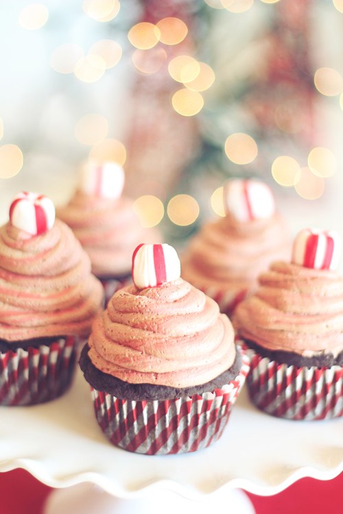 Peppermint Frappuccino Cupcakes