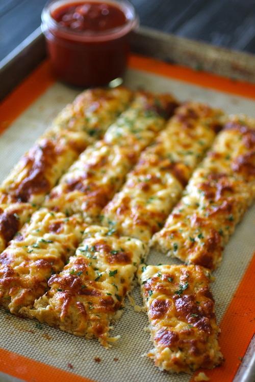 Garlic Parmesan Cauliflower Breadsticks