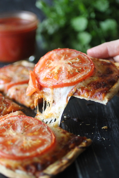 15 Minute Flatbread Pizza