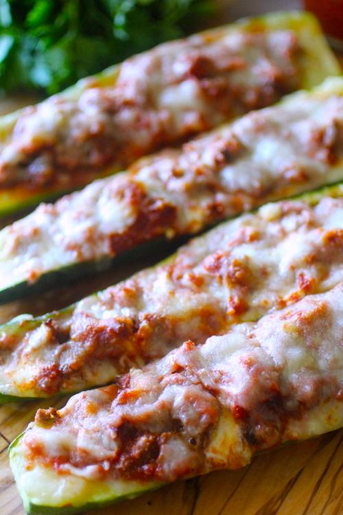 4 Ingredient Pizza Stuffed Zucchini Boats