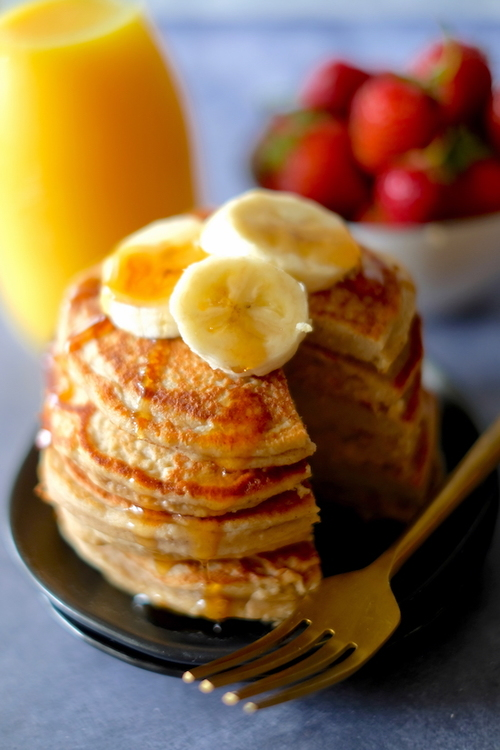5 Ingredient Protein Pancakes for One