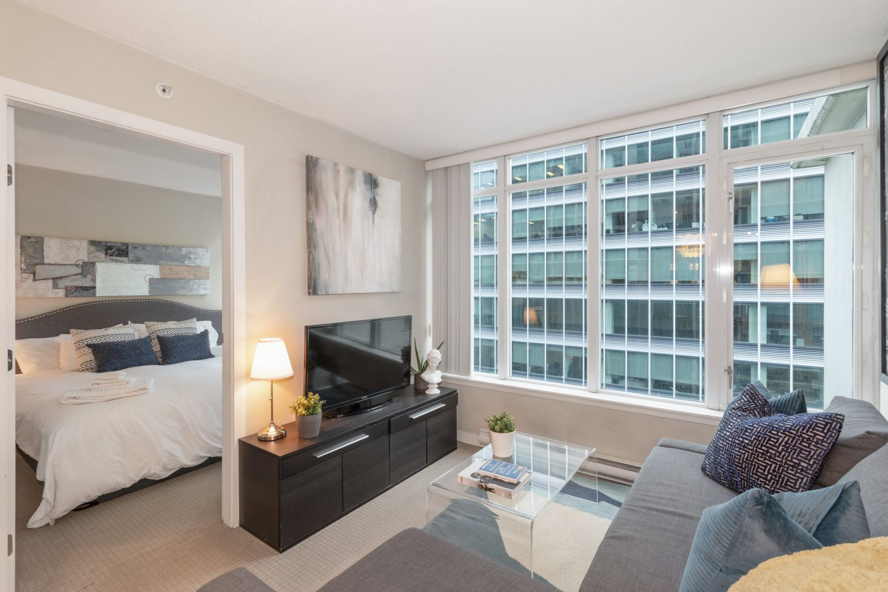 The Deighton Suite, Downtown Vancouver