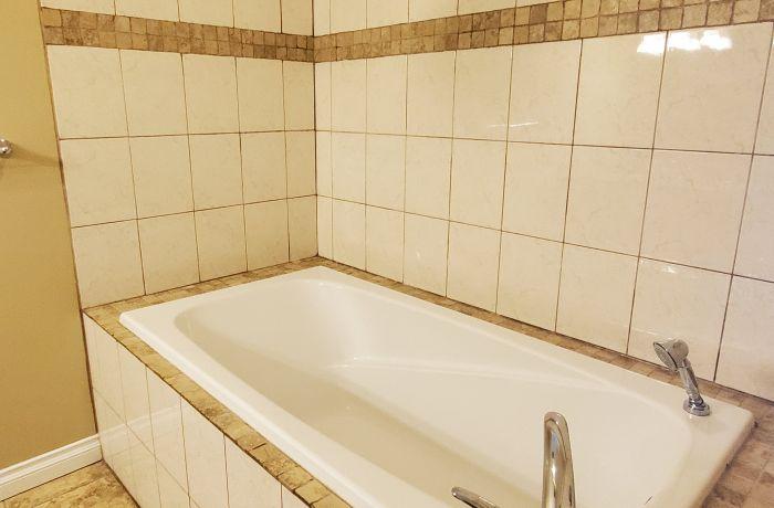 Bathroom 2 with Soaker Tub