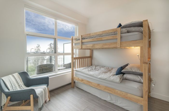 Second Bedroom with Twin Size Bunks