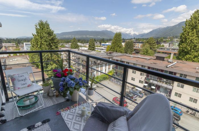 Balcony with Stunning Views