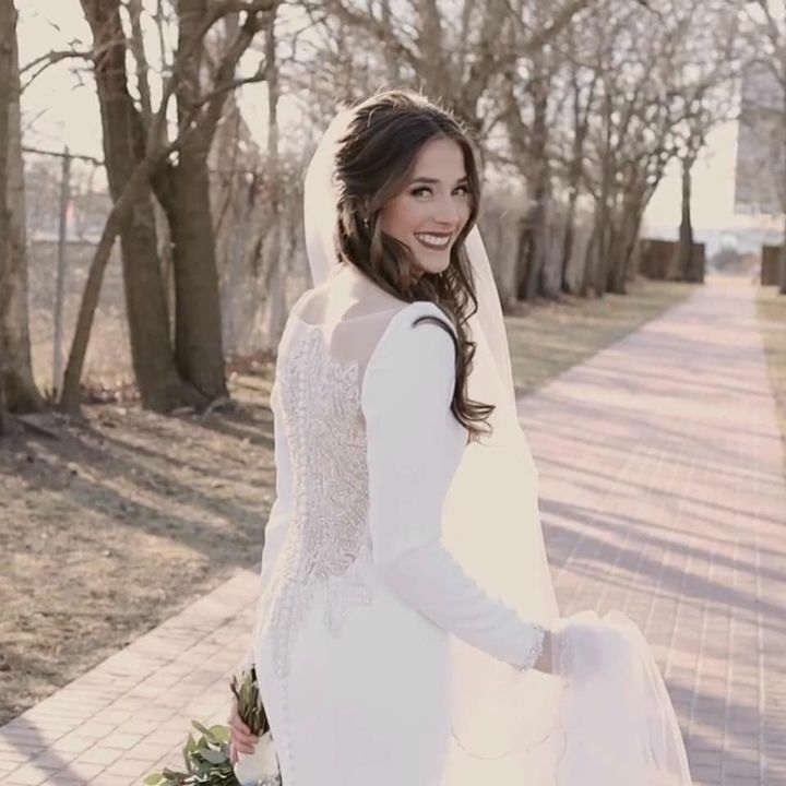 Michelle - Real Vayda Jane Bride