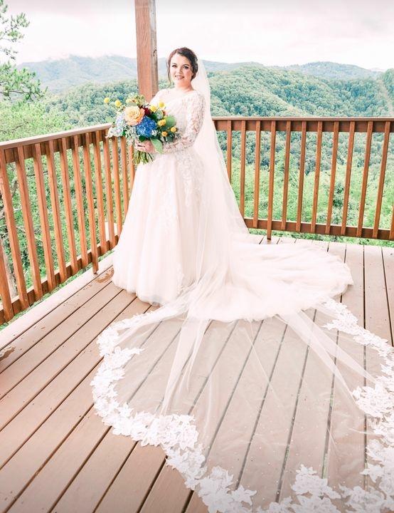 Sarah - Real Vayda Jane Bride