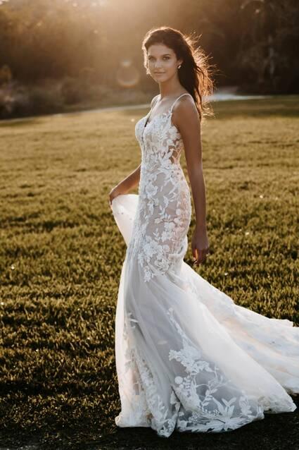 Allure Bridals Style 9851 wedding dress