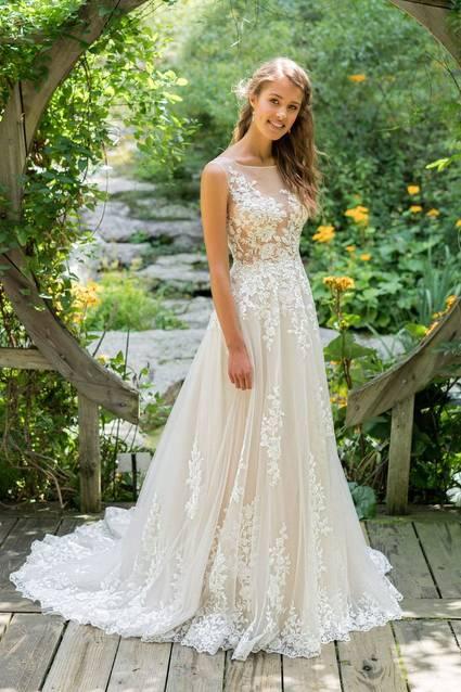 Justin Alexander Style 66024 wedding dress