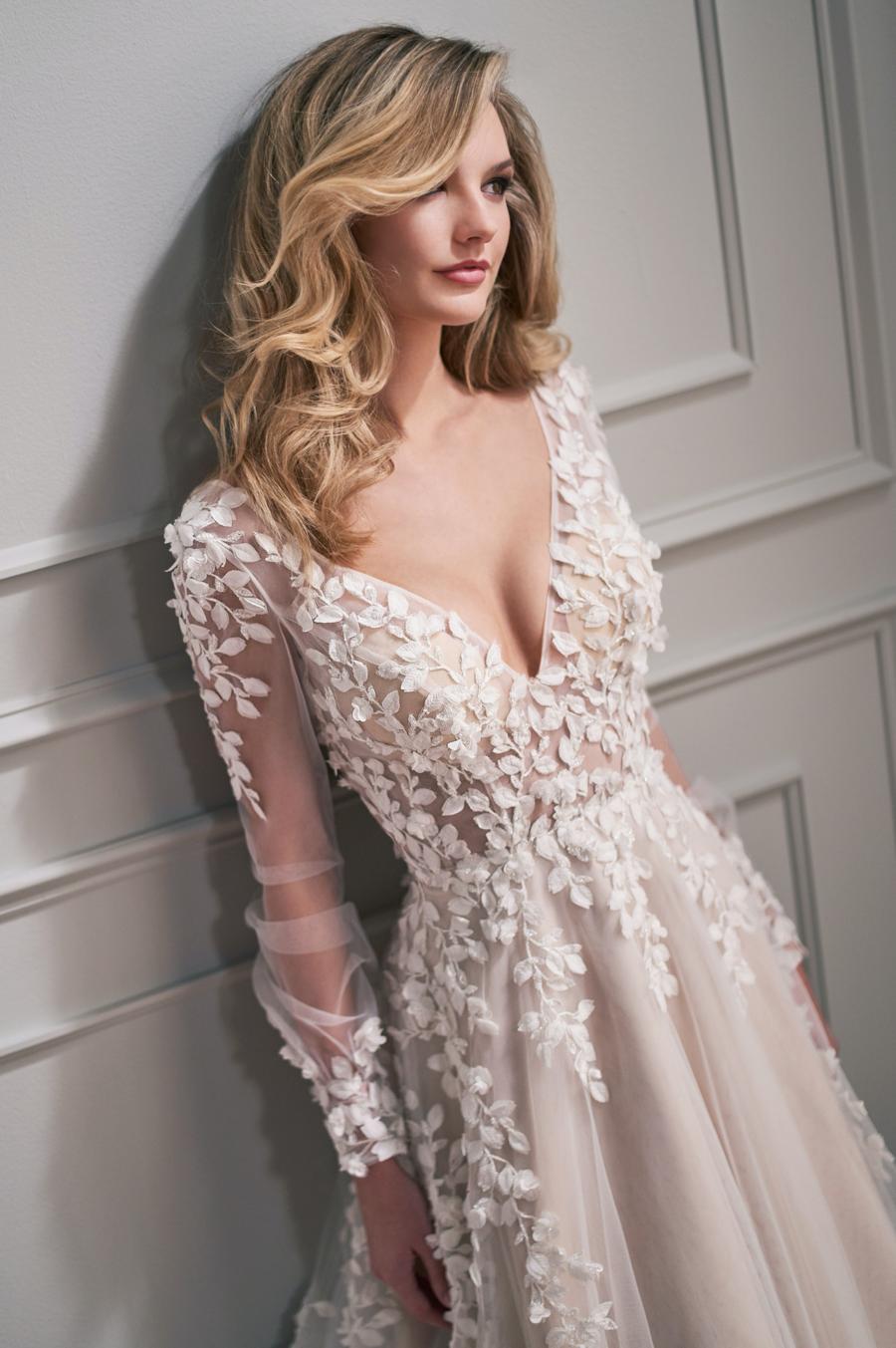 Mon Cheri Style 221203 wedding dress