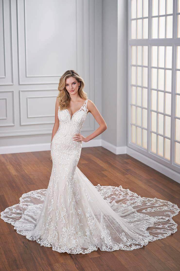 Mon Cheri Style 221211W wedding dress