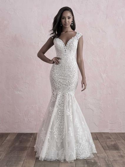 Allure Bridals Style 3272 wedding dress