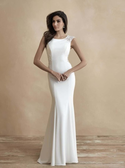 Allure Bridals Style 3318 wedding dress