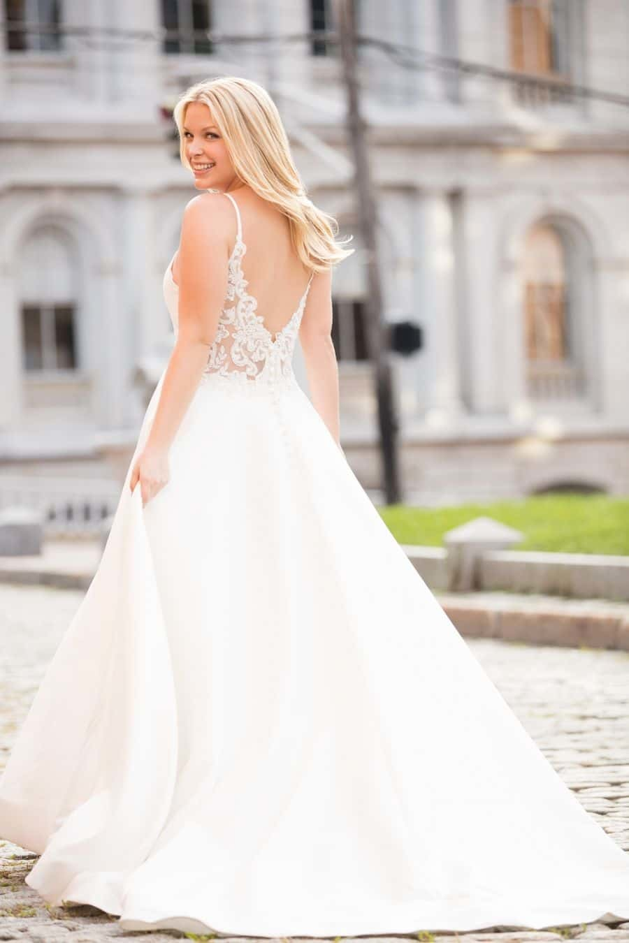 Allure Bridals Style 9620 wedding dress