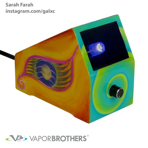Sarah Farah Vaporbrothers Vaporizer - Hands Free vapor brothers hands free vaporizer, whip, vaporbrothers, handsfree, box vaporizer, vaporbox, ceramic, glass pipes