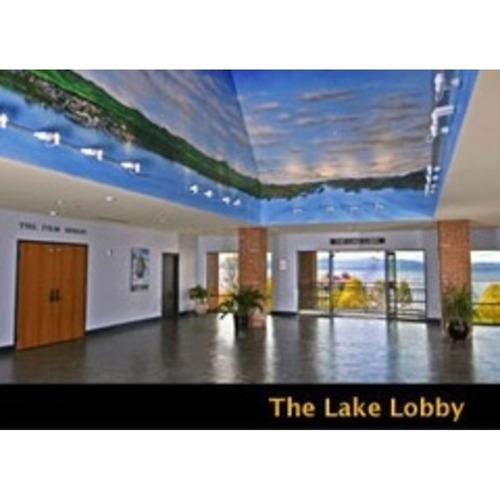 Burlington Meeting Space: Lake Lobby