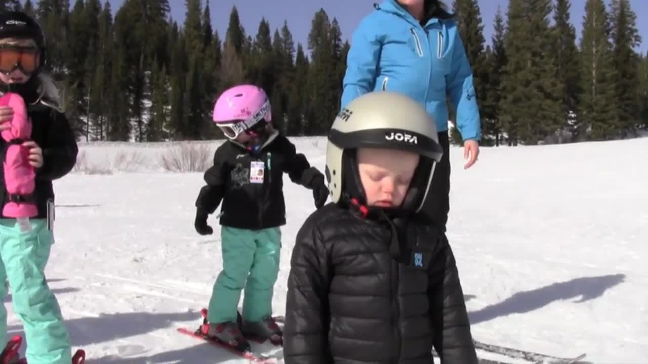 Toddler Falls Asleep While Snowboarding