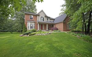 2227 Pine Bluffs court Highland Township, MI 48357