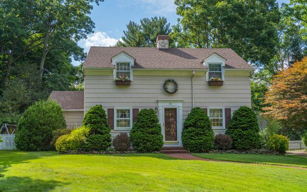 33 Amherst Court Huntington, NY 11743 | Real Estate Tour
