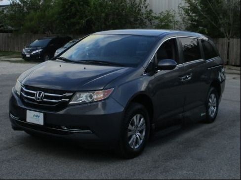 Honda Odyssey image number 3