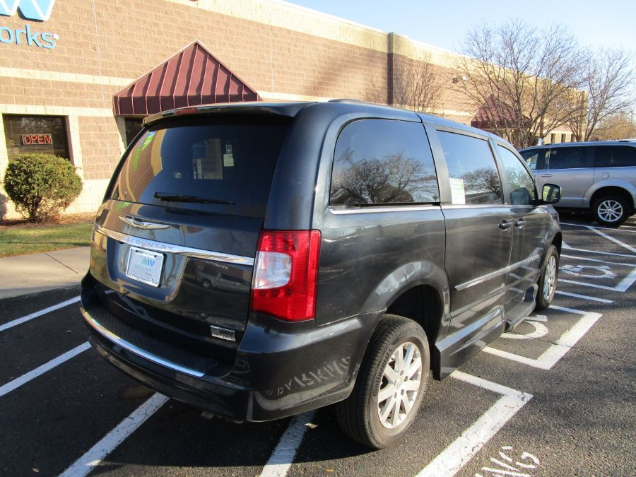 Blue Chrysler Town and Country image number 6