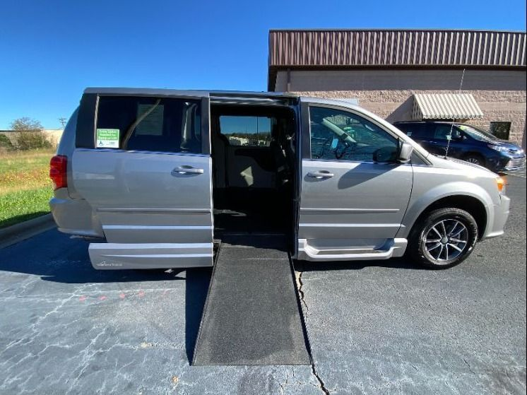 Silver Dodge Grand Caravan with Side Entry Automatic  ramp