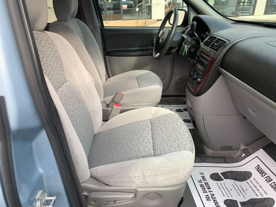 Blue Chevrolet Uplander image number 8