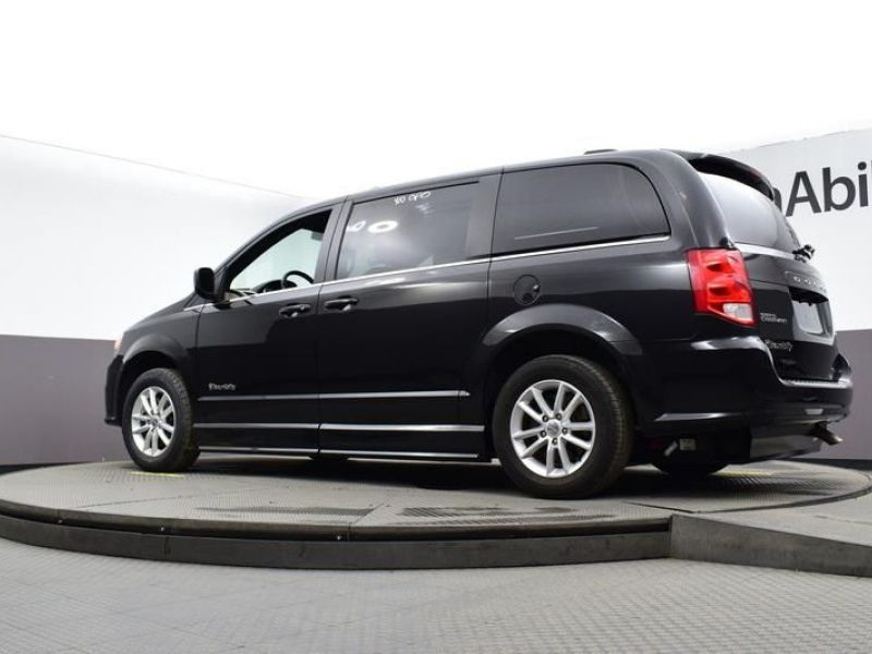 Black Dodge Grand Caravan image number 19