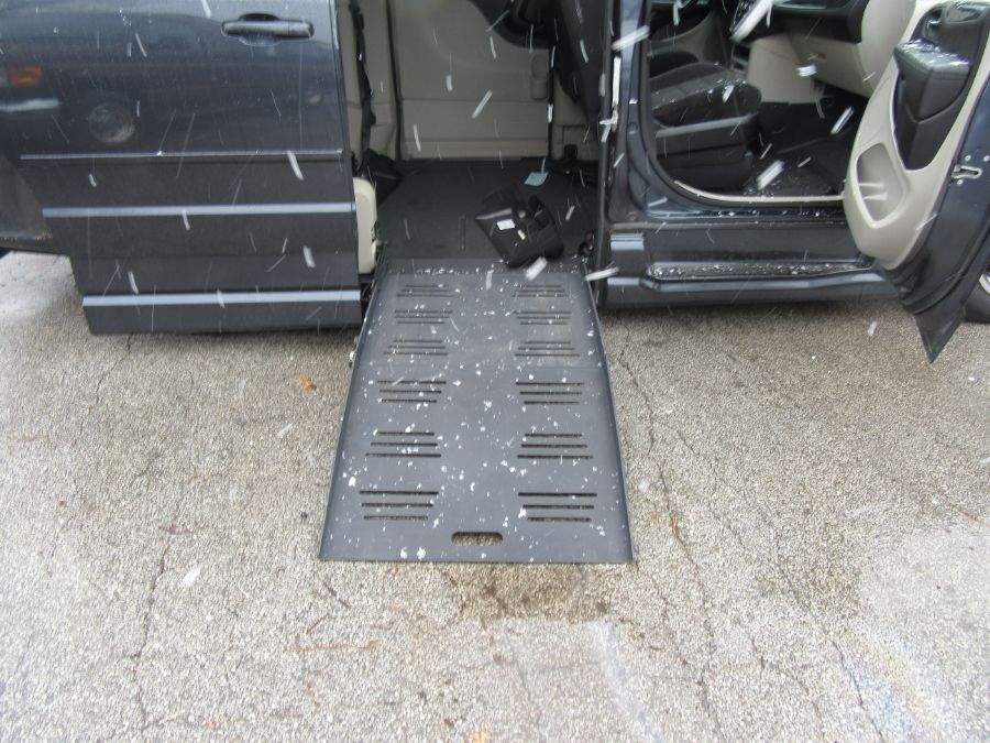 Blue Dodge Grand Caravan with Side Entry Automatic  ramp