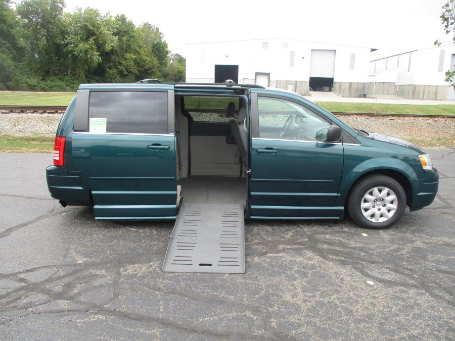Green Chrysler Town and Country image number 1