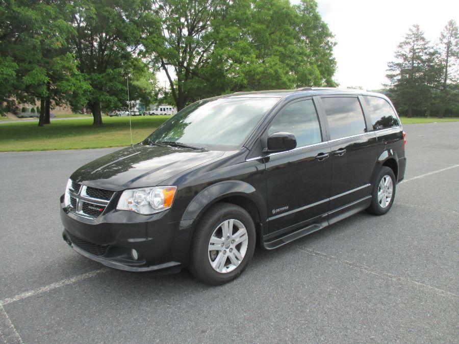 Black Dodge Grand Caravan image number 1