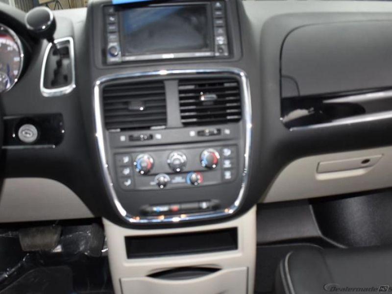 Black Dodge Grand Caravan image number 13