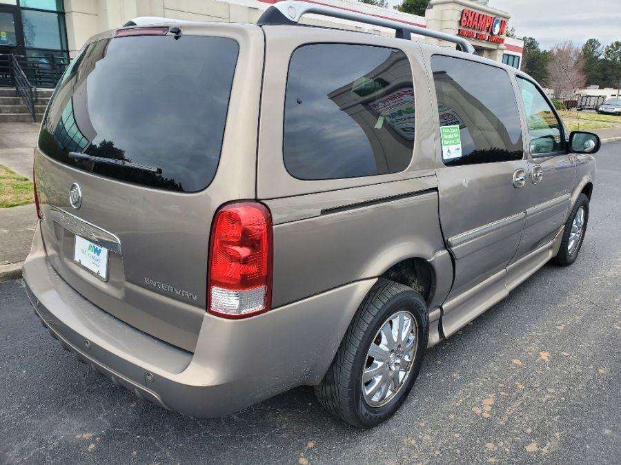 Brown Buick Terraza image number 7