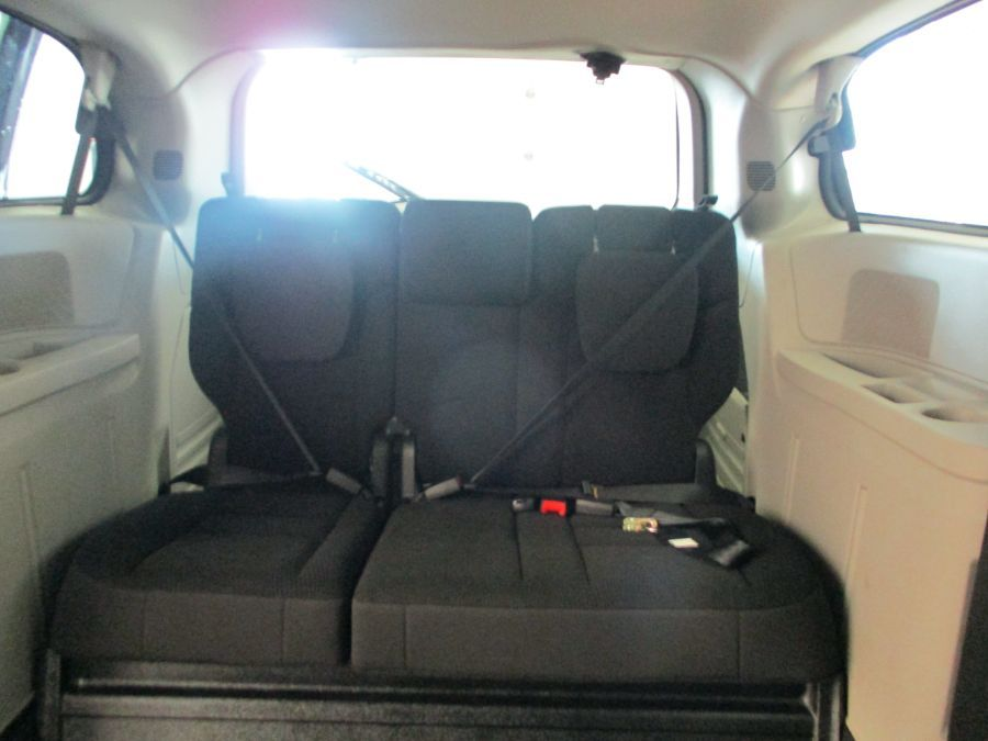 Gray Dodge Grand Caravan image number 11