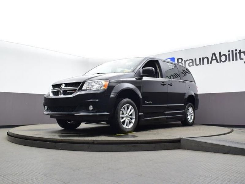 Black Dodge Grand Caravan image number 16