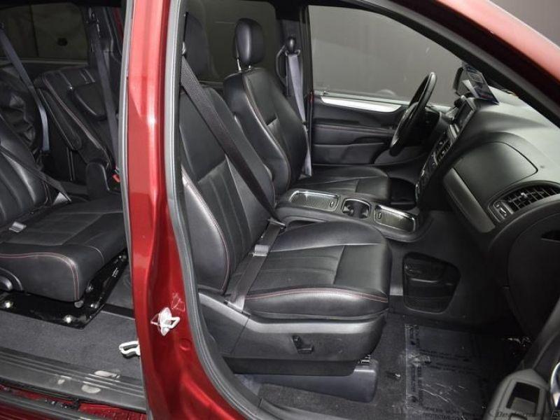 Red Dodge Grand Caravan image number 2