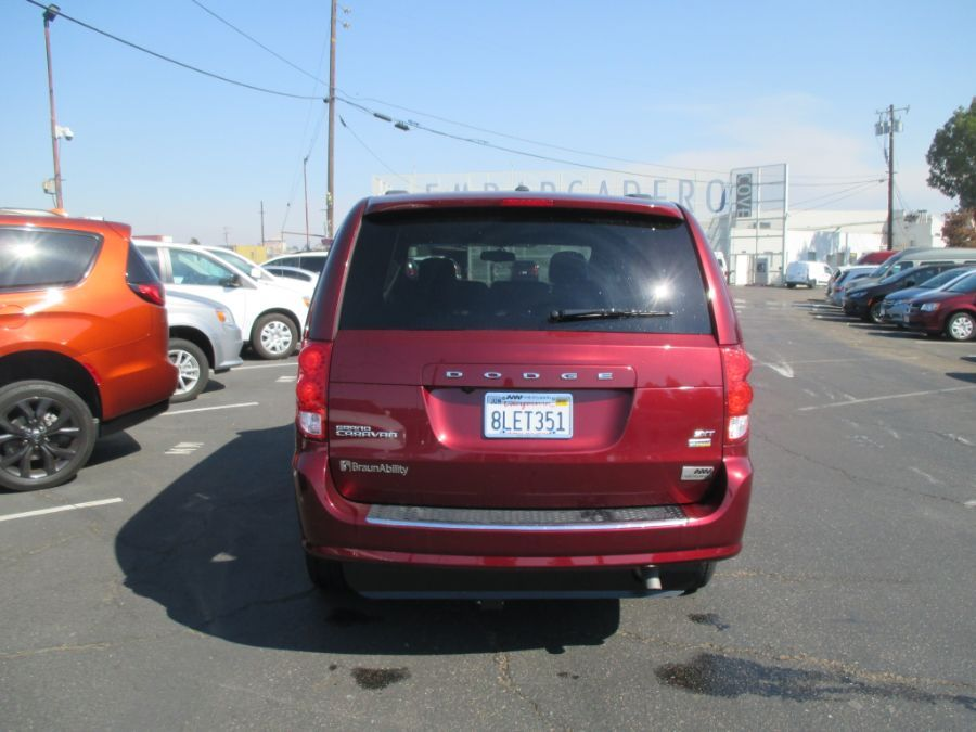 Red Dodge Grand Caravan image number 10