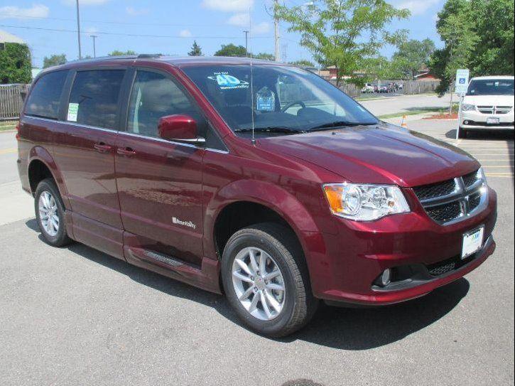Red Dodge Grand Caravan image number 24