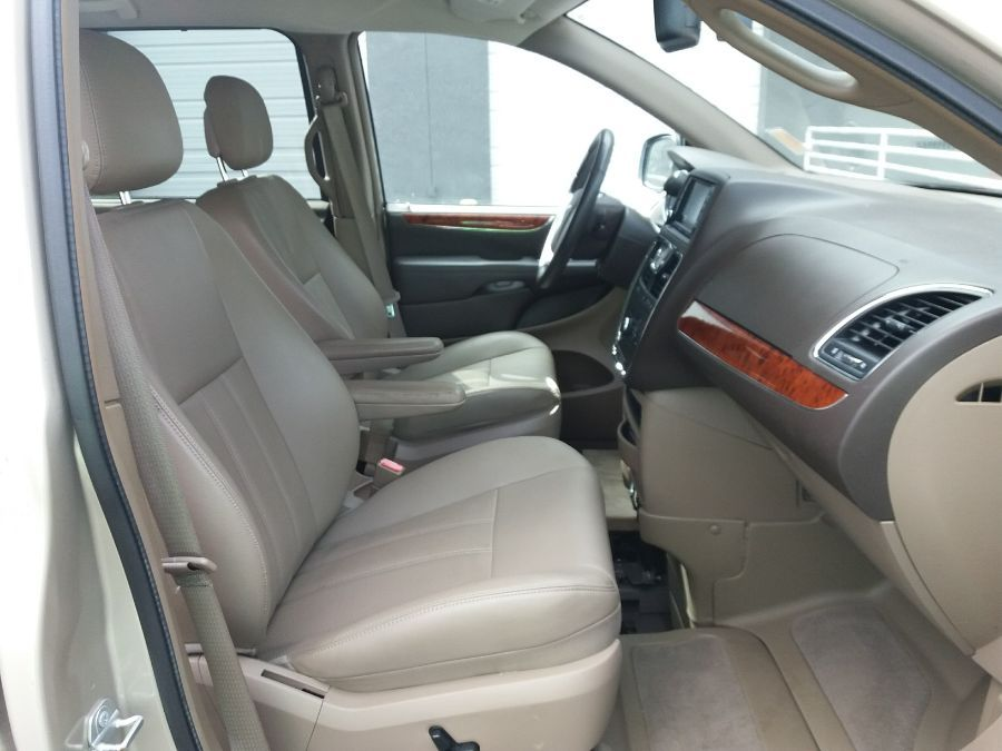 Gold Chrysler Town and Country image number 17