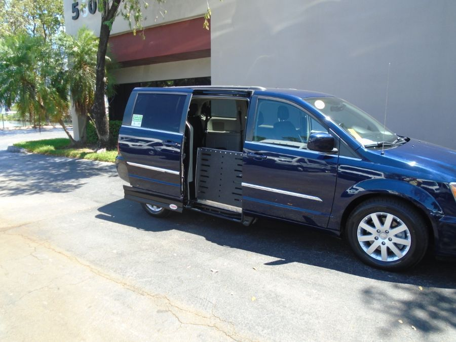 Blue Chrysler Town and Country image number 2