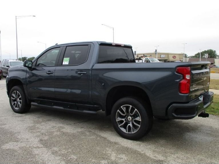 Gray Chevrolet Silverado 1500 image number 6