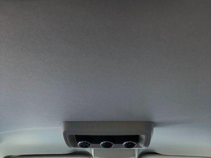Gray Dodge Grand Caravan image number 12