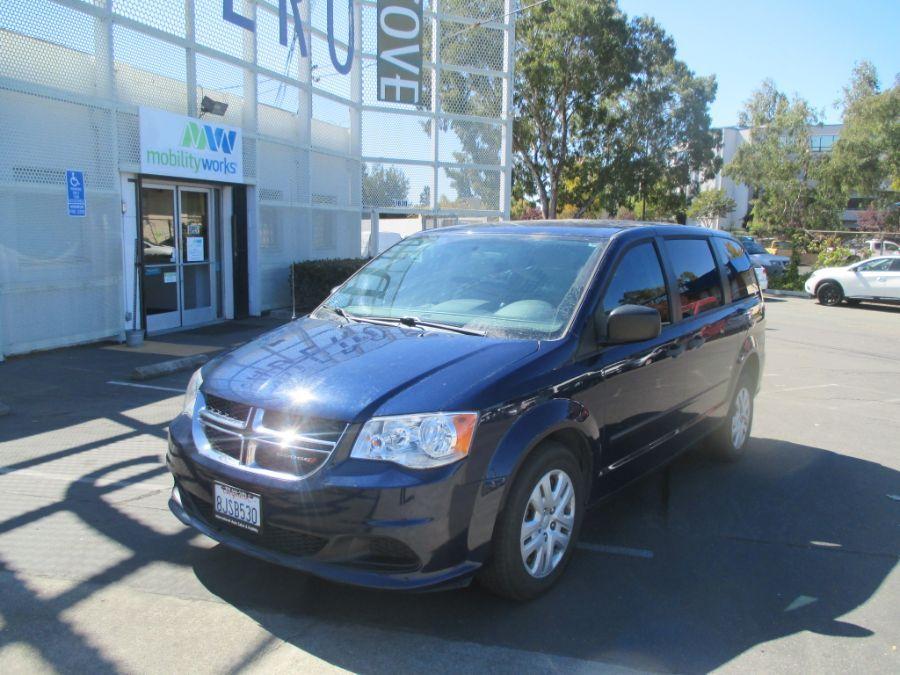 Blue Dodge Grand Caravan image number 2