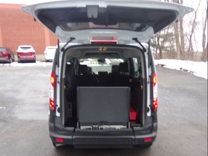White Ford Transit Connect image number 8