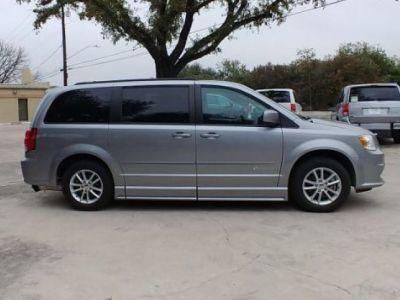 Silver Dodge Grand Caravan image number 2
