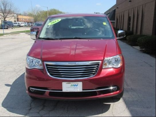 Red Chrysler Town and Country image number 1