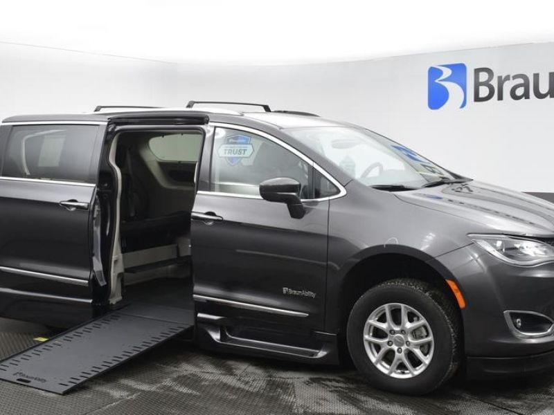 Gray Chrysler Pacifica with Side Entry Automatic In Floor ramp