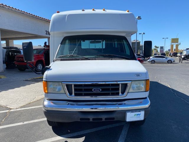 White Ford Econoline image number 1